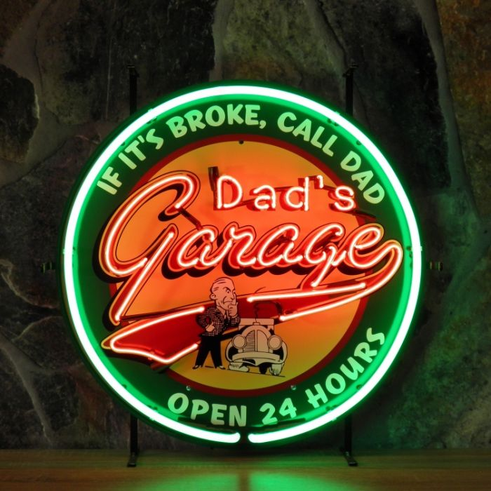 Dad's Garage neon with background
