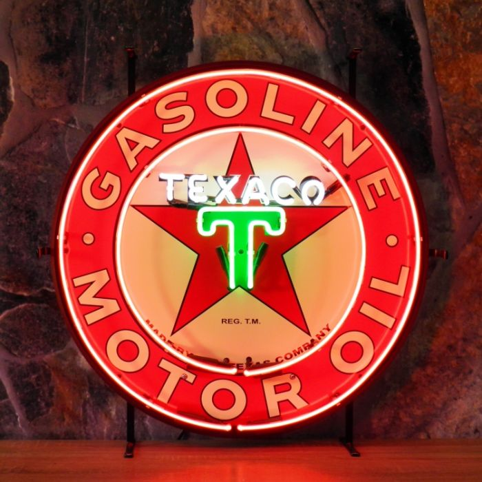 Texaco neon with background